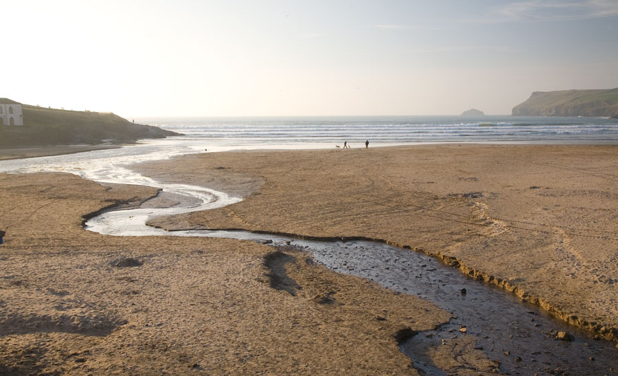 polzeath_beach_stream