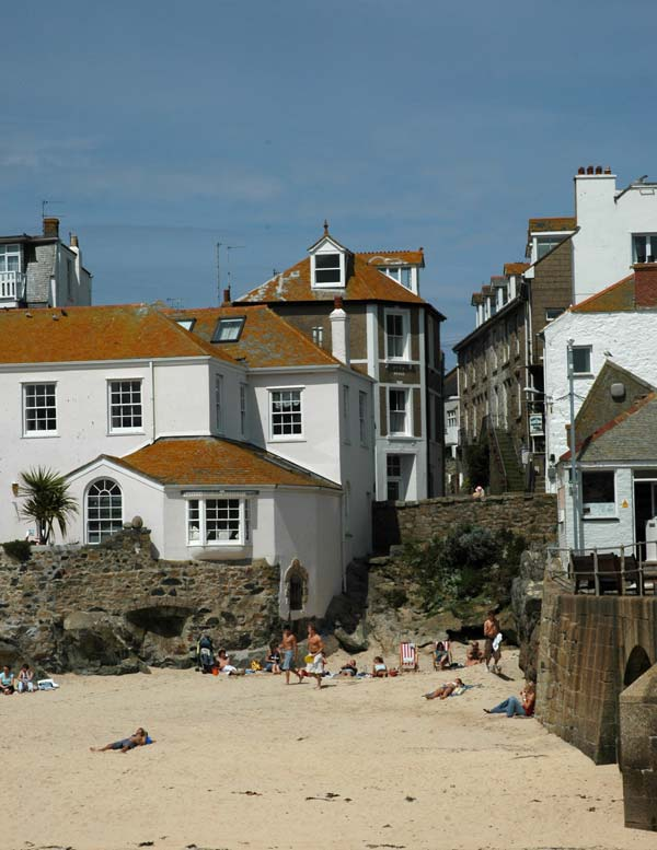 st-ives-harbour-beach
